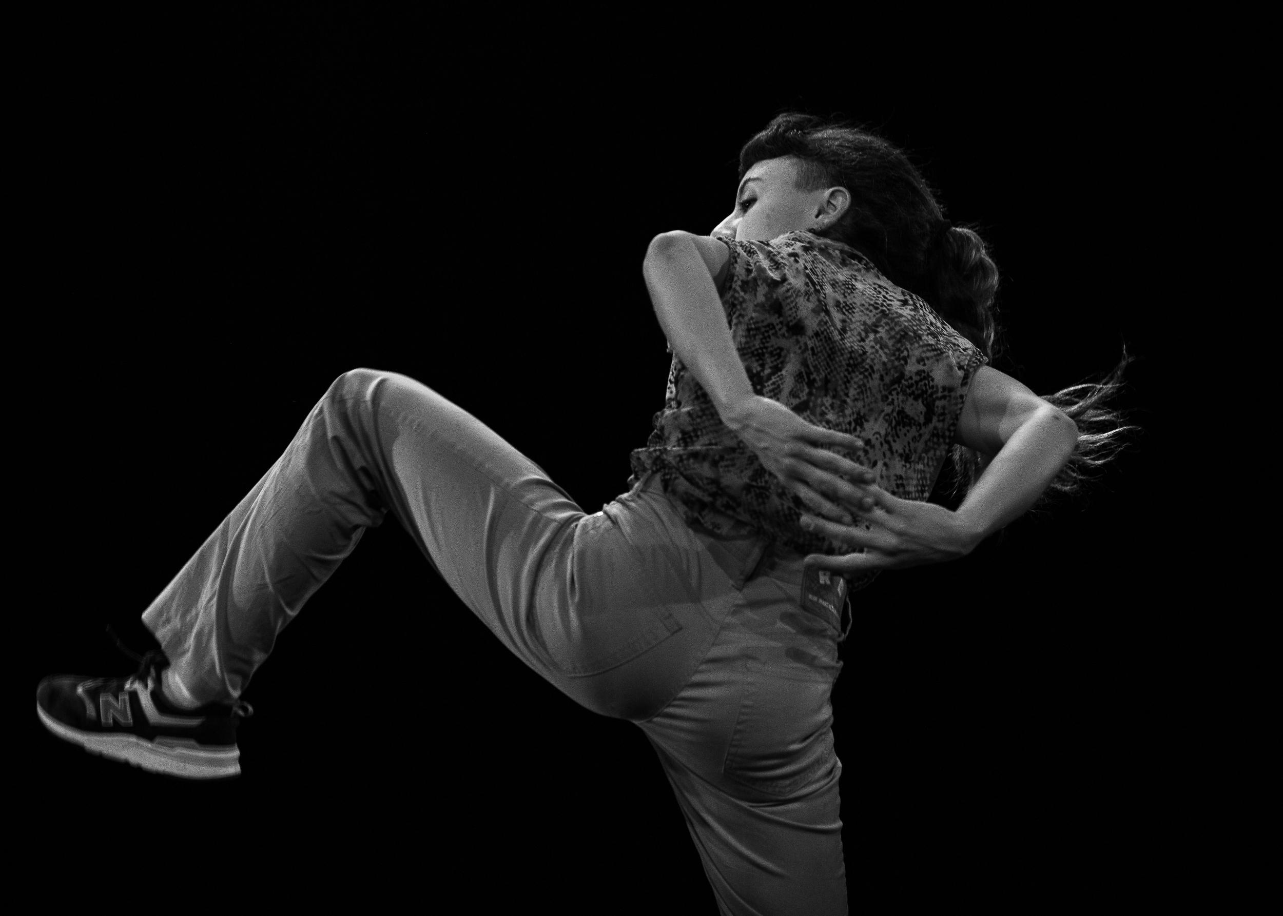 Esclat de dansa contemporània jove en Espai Inestable